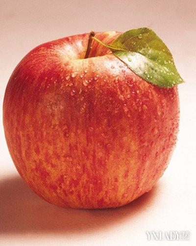晚上吃这五类水果 瘦身又美味